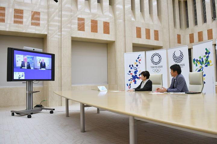 組合 東京 信用 都 職員